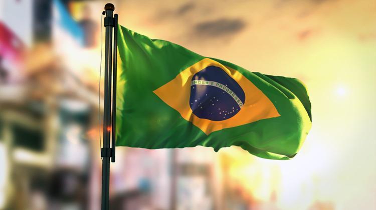Trabalhar corretamente vale a pena no Brasil?