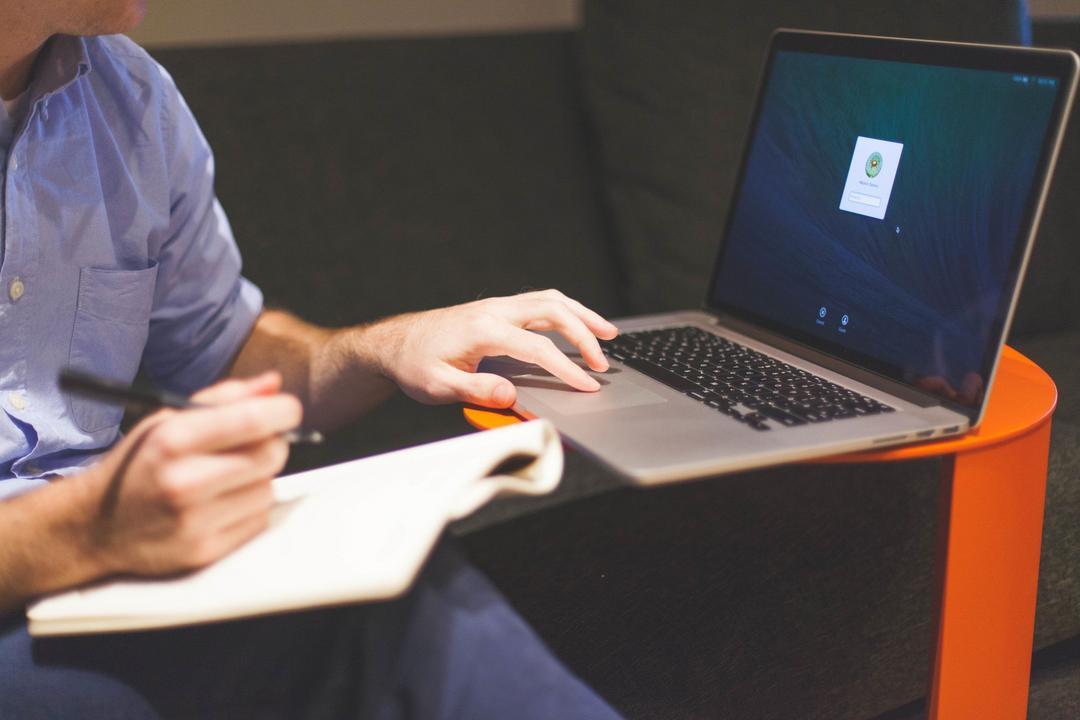 Como pequenas empresas podem usar a internet para vender mais