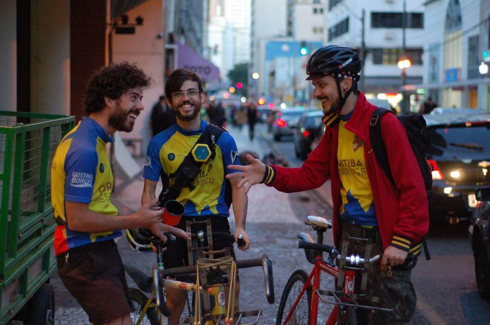 Delivery de tempo: como Curitiba Messenger e James Delivery fazem isso