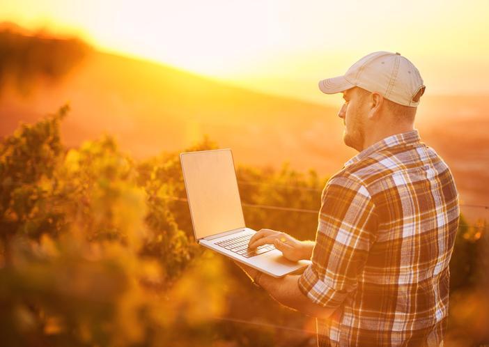 Agronegócios 4.0: Tecnologia e inovação no agronegócio