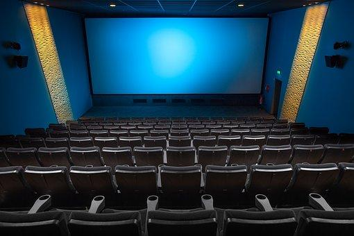 ALGUMAS DESIGUALDADES NA PRODUÇÃO E EXIBIÇÃO DE FILMES NOS CINEMAS BRASILEIROS