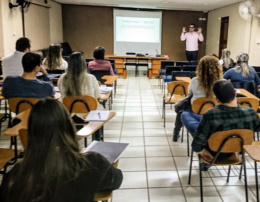 Inicio da Trilha de Negócios Digitais no PA de Ibiporã-PR.