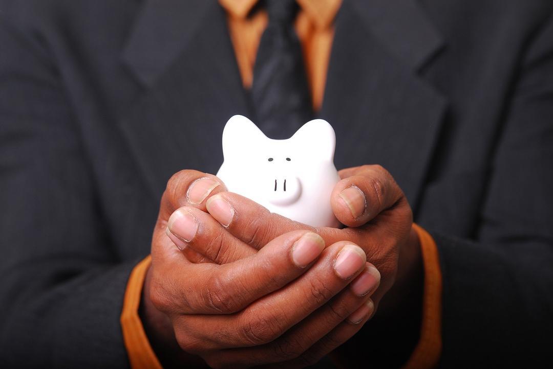 Como economizar dinheiro em tempos de crise?