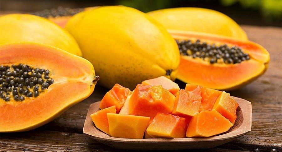 Mamão: Fruta para tratar constipação