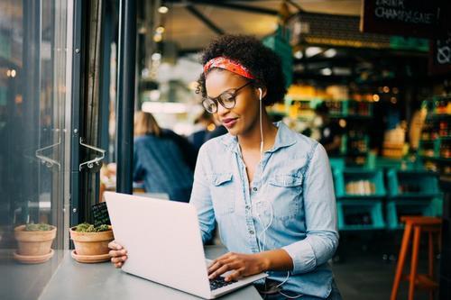 Microempreendedor Individual: Vantagens, obrigações, dispensa de alvarás e licenças.