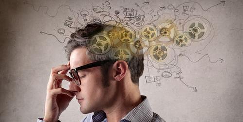 O que é mais importante para ter sucesso na vida: ter um alto quociente de Inteligência(QI) ou um alto quociente emocional(QE)?