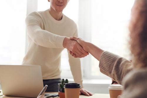 Dia do cliente: dicas práticas para fidelizar seus clientes
