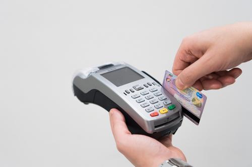 Liberação de crédito via maquininha de cartão  vai beneficiar pequenos negócios