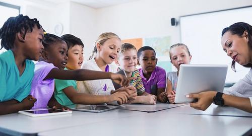 O educador analógico vs Aluno digitais