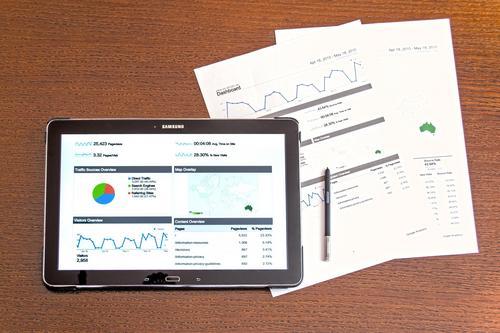 Pequenos negócios devem ter precauções e analisar as finanças ao buscar crédito