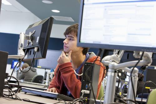 Benefícios de fazer cursos gratuitos online